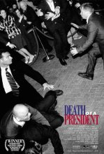Death of a president. Grande-Bretagne, 2006. Drame d'anticipation de Gabriel Range avec Hend Ayoub, Brian Boland et Becky Ann Baker (90 minutes).