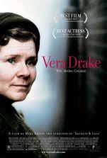 Vera Drake. France, Nouvelle-Zélande, Grande-Bretagne, 2003. Drame social de Mike Leigh avec Imelda Staunton, Richard Graham et Eddie Marsan (125 minutes).
