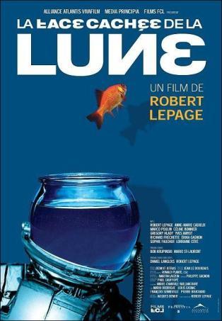 La face caché de la lune. Canada, 2003. Drame de Robert Lepage avec Robert Lepage, Anne-Marie Cadieux et Marco Poulin (105 minutes).